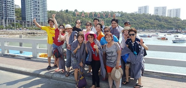 HOUSE OSOTSPA FOODS นำทีมพนักงานท่องเที่ยวพัทยา ชลบุรี