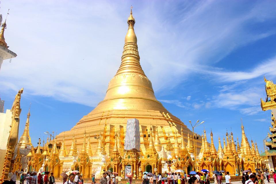 ผลการค้นหารูปภาพสำหรับ Shwedagon Pagoda yangon
