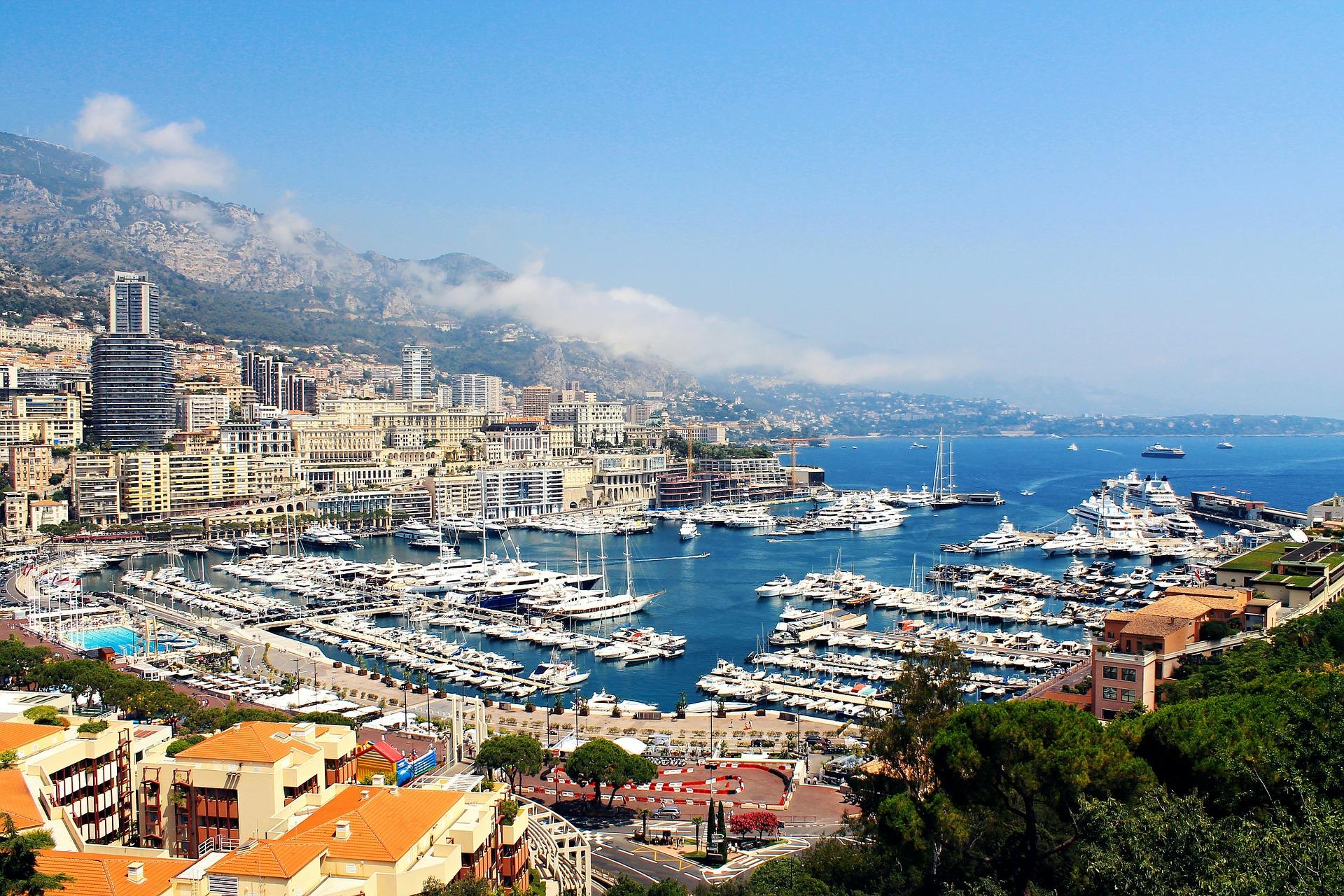 Package Italy Monaco France เที่ยวส่วนตัวโดยรถตู้ 6D5N