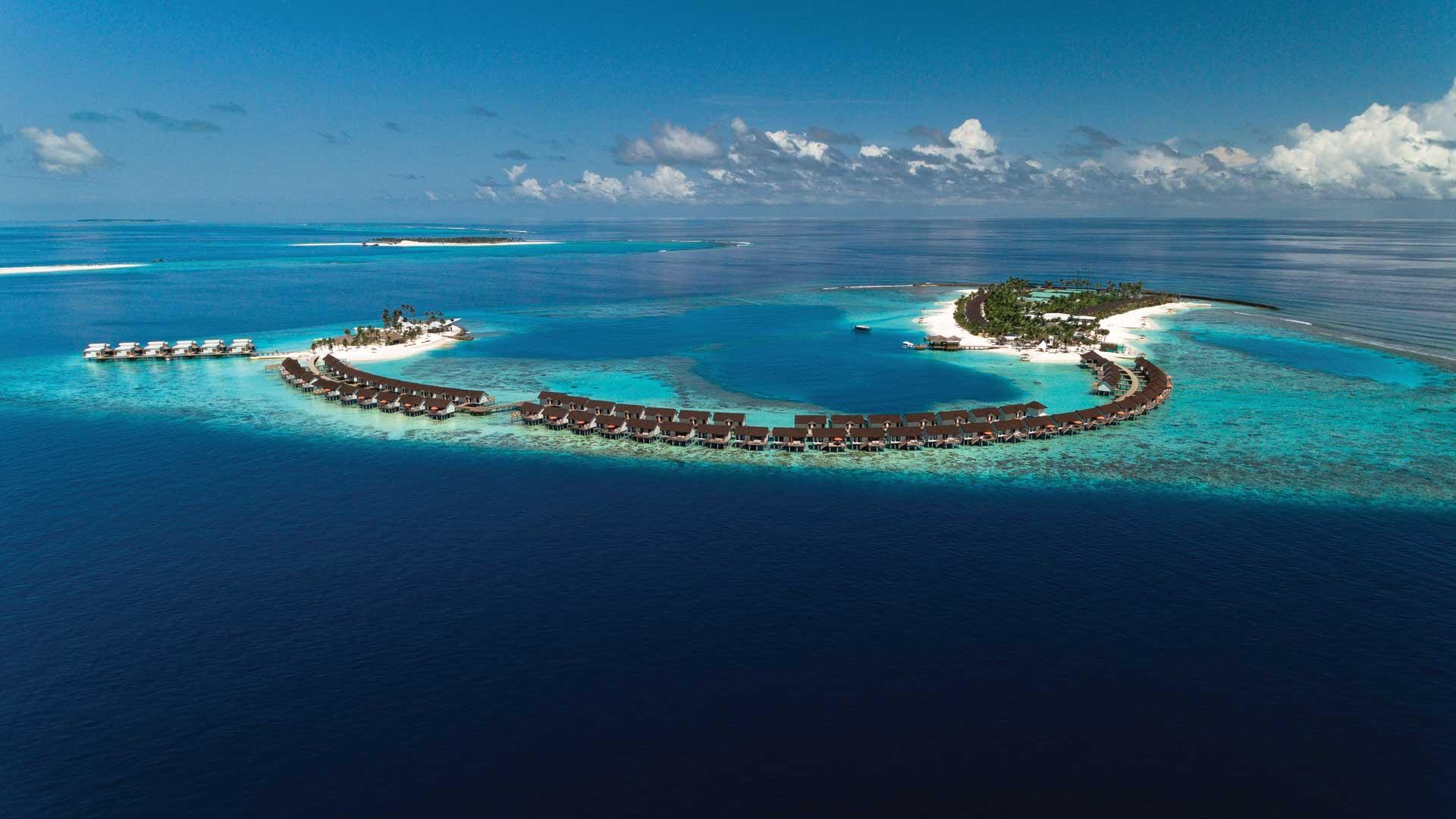 OBLU SELECT AT SANGELI Maldives (โอบลู ซีเล็ค แอท เซนเกลี มัลดีฟส์) ช่วงสงกรานต์ รวมตั๋วเครื่องบิน ราคาเริ่มต้น 45,900 บาท เหมาะสำหรับคู่รักและครอบครัว