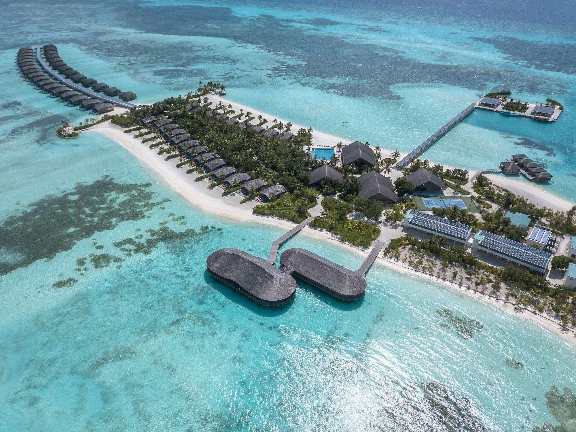 ClubMed Finolhu Villas Maldives (คลับเมด ฟิโนลูห์ วิลล่า มัลดีฟส์) ไม่รวมตั๋วเครื่องบิน ราคาเริ่มต้น 47,320 บาท เหมาะสำหรับคู่รัก