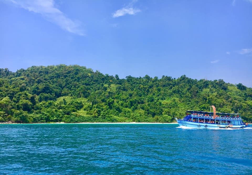 แพ็คเกจที่พักและดำน้ำที่เกาะช้าง 3วัน 2คืน เดินทางได้ถึง 31 ตุลาคม 63 ราคาเพียง 2,590 บาท